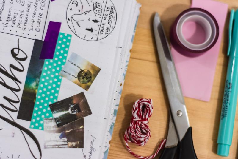 Caderno pontilhado Donna Rita Atelie Journal A Menina da Janela