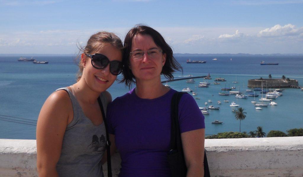 Eu e mãe em Salvador